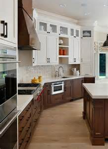 Kitchen Cabinets Two Colors Best 25 Two Tone Cabinets Ideas On Two Toned Cabinets Two Tone Kitchen Cabinets