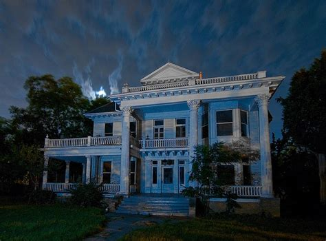 Haunted House Denton Tx evers mansion in denton tx spooky indeed used to walk