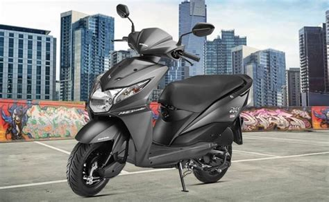 honda dio motor scooter honda dio 2016 model launched with new style updates