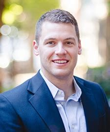 Getting Into Tuck Mba by Tuck School Of Business A Veteran S Transition To Tuck