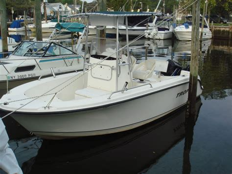 trophy boats the hull truth price reduced 2003 trophy 1903 center console the hull