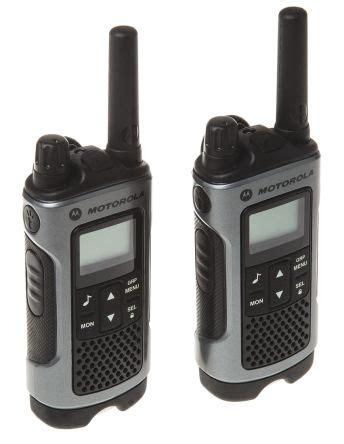 Motorola Tlkr T80 Walkie Talkie p14mab03a1aw motorola tlkr t80 uk walkie talkies