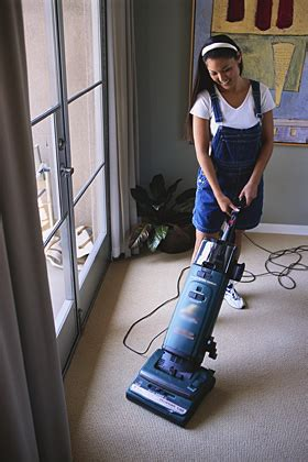 vacuuming floors clean connoisseur carpet cleaning santa