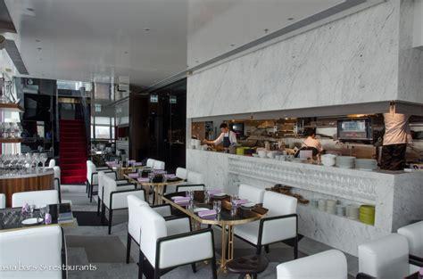 5 Metropolitan Lounge Kitchen by 5 Hong Kong Restaurants With Impressive Bars La Vie Zine
