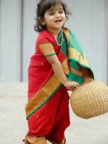 Doesn t she look adorable in this traditional maharastrian style saree
