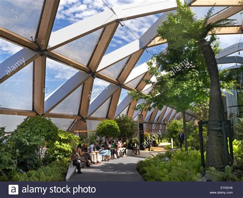 canary wharf tropical roof garden an oasis of calm above cross rail stock photo royalty free