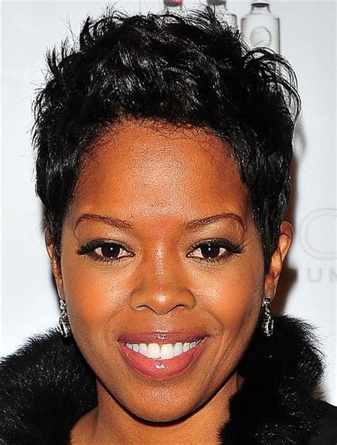 short hair styles worn by malinda williams malinda williams short black hairstyles hairstyle album