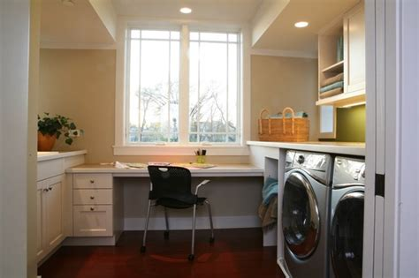 5 tips from green home remodeler sarah susanka inhabitat libertyville not so big showhouse traditional laundry