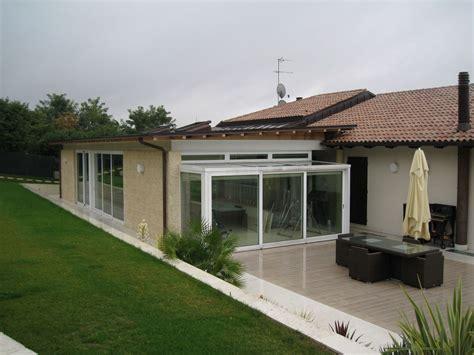 casa con veranda liamento casa con veranda facciata casa with