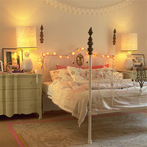 lights around bed creative ways to display fairy lights ideal home