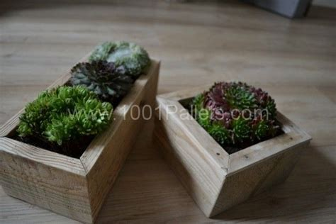 Planters Made Out Of Pallets by Small Planters Made Out Of Pallet Wood Great Ideas