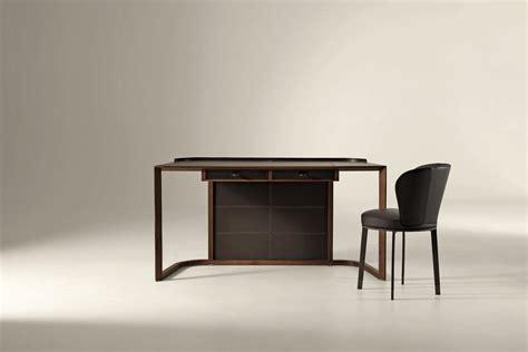 ion desk  chi wing lo  giorgetti space furniture