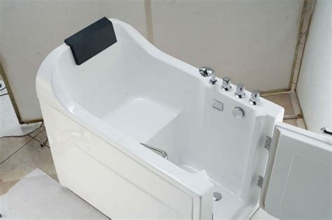 Handicapped Bathtub For Disabled People And Old People
