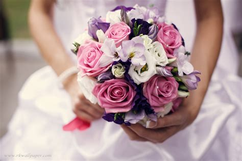 Flower Picture Wedding by Violet Flower Wedding Bouquet Hd Wallpapers Wallpapers