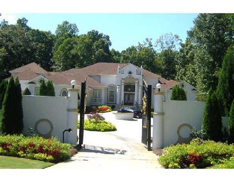 rev dollar house