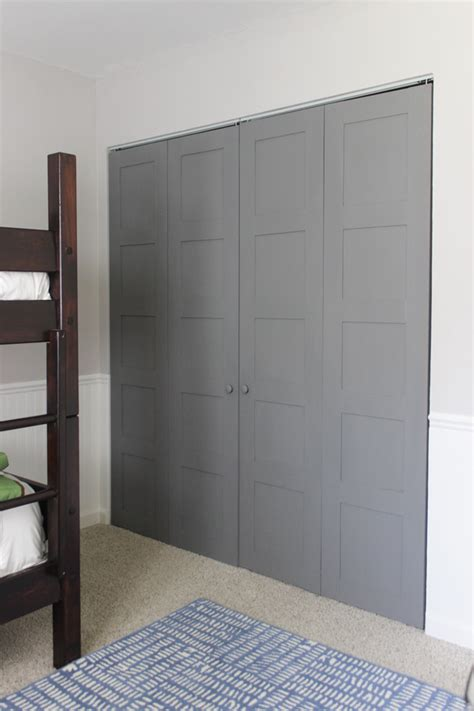 18 Closet Door Makeovers That Ll Give You Closet Envy Craftsman Closet Doors
