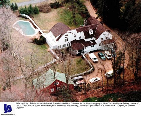 hillary clinton chappaqua ny address fire breaks out at bill and hillary clinton s home in