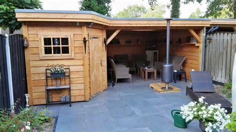 schuur tuin tuinoverkapping met schuur en loungegedeelte enschede
