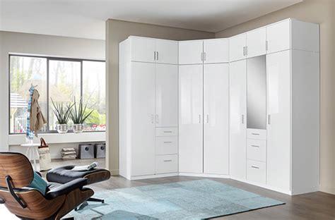 Délicieux Modele De Chambre A Coucher #9: photo-d-ensemble-armoires-clack-blanc-portes-miroirs.jpg