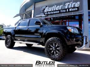 Tires And Rims For Toyota Tacoma Toyota Tacoma With 18in Fuel Throttle Wheels 2 5in Level