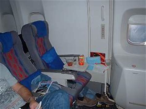 united international economy united airlines reviews fleet aircraft seats cabin