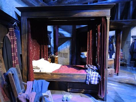 gryffindor bedroom 28 images harry potter studio tour how you can fly a broomstick