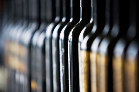aziende di ladari san salvo banda buco in azienda liquori