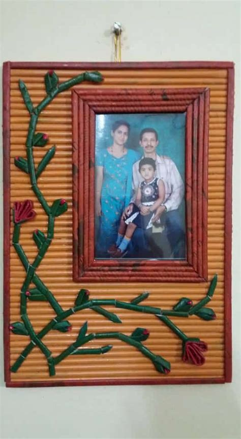 photo frame  newspaper simple craft ideas