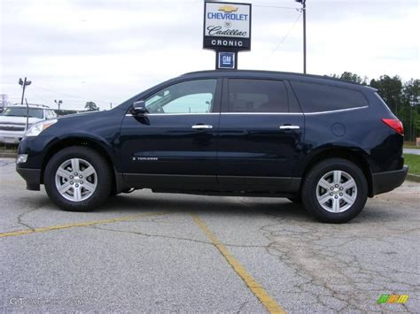 chevrolet traverse blue 2009 dark blue metallic chevrolet traverse lt 13176194