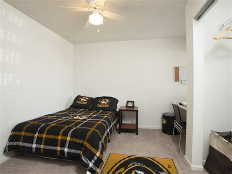 two bedroom apartments columbia mo one bedroom apartments columbia mo broadway village is