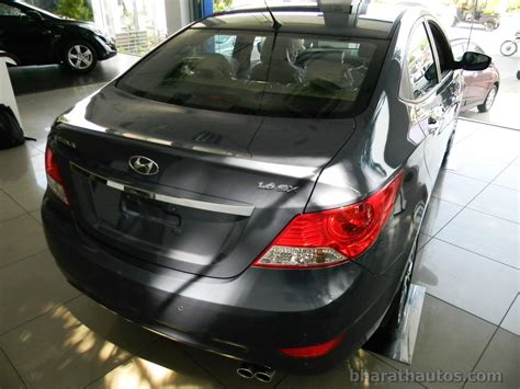 Mba Rear End by Fluidic Hyundai Verna Seen With Projector Headls And