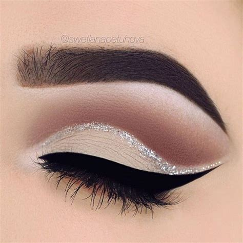 13 Tips On How To Glam Up 15 Minutes by Maquillaje Ojos Glitter Quinceaneras 13 Ideas Para