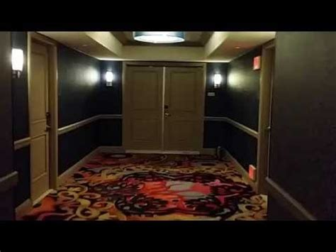 mandalay bay 2 bedroom suite mandalay bay suite 2 bedroom king panoramic view youtube