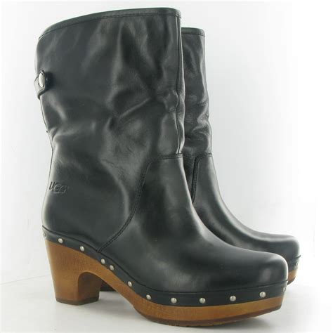 ugg lynnea clog ankle boot in black