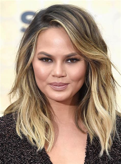 haircuts for round face photos 28 haircuts for round faces inspired by celebrity styles