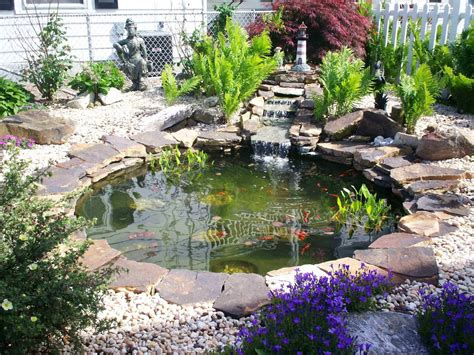 Garden Pond Kits - small garden or backyard aquarium ideas practic ideas