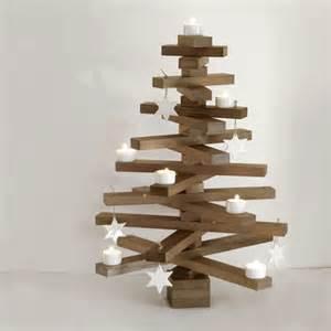 dekoration aus holz tannenbaum basteln 30 kreative diy ideen f 252 r