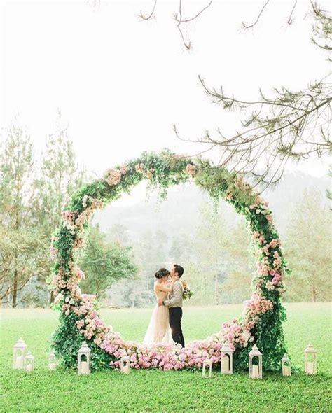 Wedding Backdrop Outdoor by Genius Ideas For An Outdoor Wedding Ceremony Backdrop