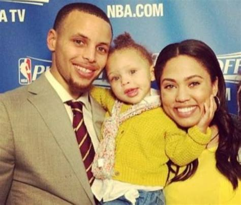 stephen curry new baby newborn news stephen and ayesha curry welcome a baby girl