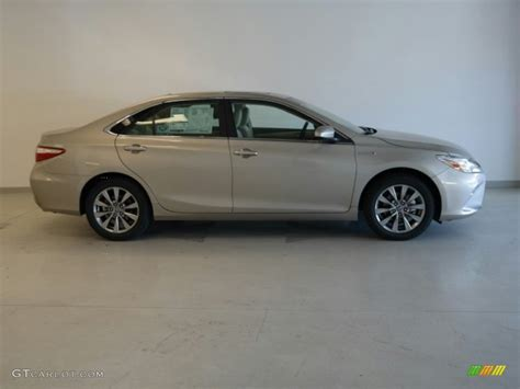 Toyota Camry Creme Brulee 2015 Creme Brulee Mica Toyota Camry Hybrid Xle 98566649