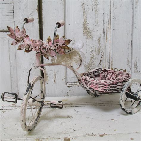 bicycle home decor painted pink by anitasperodesign