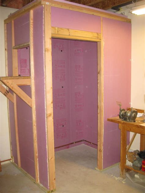 easy diy how to build a walk in closet everyone will envy building a walk in cooler homesteads survival and food