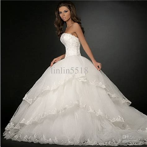 Big Wedding Dresses by Big Wedding Dresses