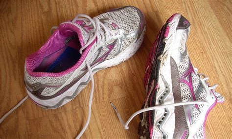 athlete foot shoes how to treat and prevent athlete s foot the ultimate guide