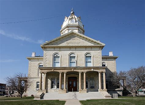 madison county court house file madison county iowa courthouse jpg wikimedia commons