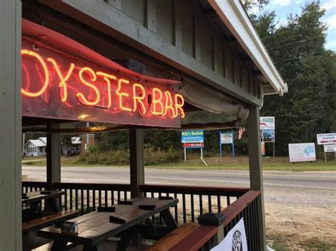 tin top restaurant and oyster bar alabama s best oyster bar 5 things to know about tin top