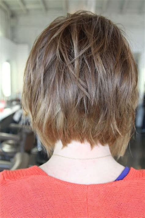 back view of angled piecey bob haircut wavy bob cut angled bob back view hairstyles pinterest bobs my