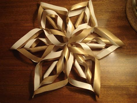How To Make 3d Snowflakes Out Of Construction Paper - crafty nerdy 3d paper snowflake