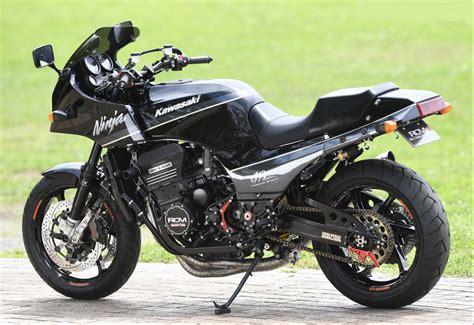 Kawasaki Gpz 900r ac sanctuary modifies the great kawasaki gpz900r 171 motorcycledaily motorcycle news