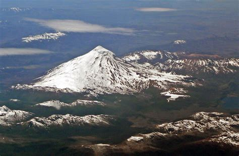 lanin volcano villarrica national park chile lanin nat